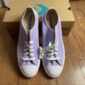 Converse Unisex Shoe Purple Men 9, Women 11
